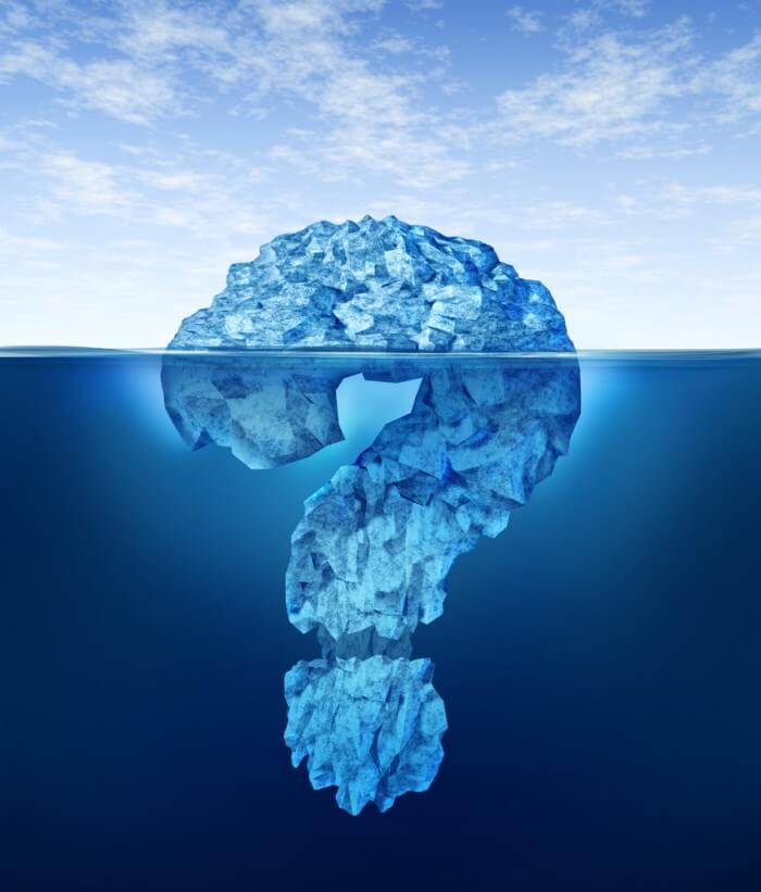 Айсберг в форме вопросительного знака