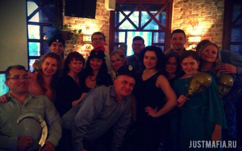 Ресторан Burik beer, игроки в Мафию, ведущая Анастасия Лупачева