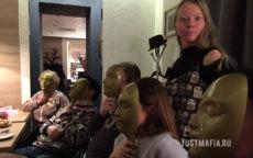 Ведущий Мафии Ольга, совы, игроки, маски